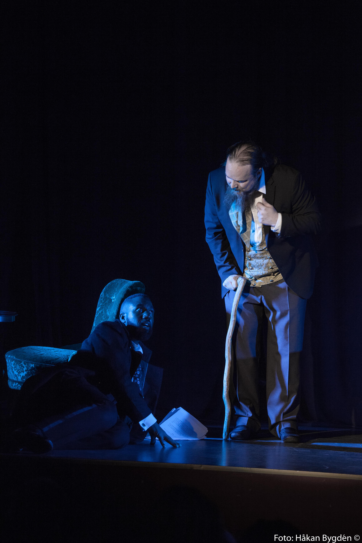 Kvinnan I Svart Teater
